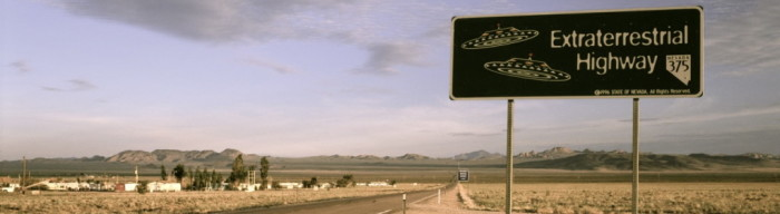 creative_highway_ufo_desktop_1280x800_wallpaper-1051005