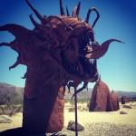 Les créations du désert : dragons, dinosaures, créatures iméginaires