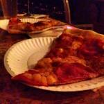 """On a mangé chez Sizzle Pie à Portland. Ceci est une slice de la """"six degrees of Kevin Bacon"""""""