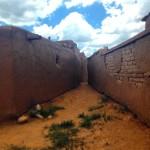 Dans les ruelles de Taos Pueblo