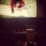 Avec ma bière au ciné, en attendant le repas
