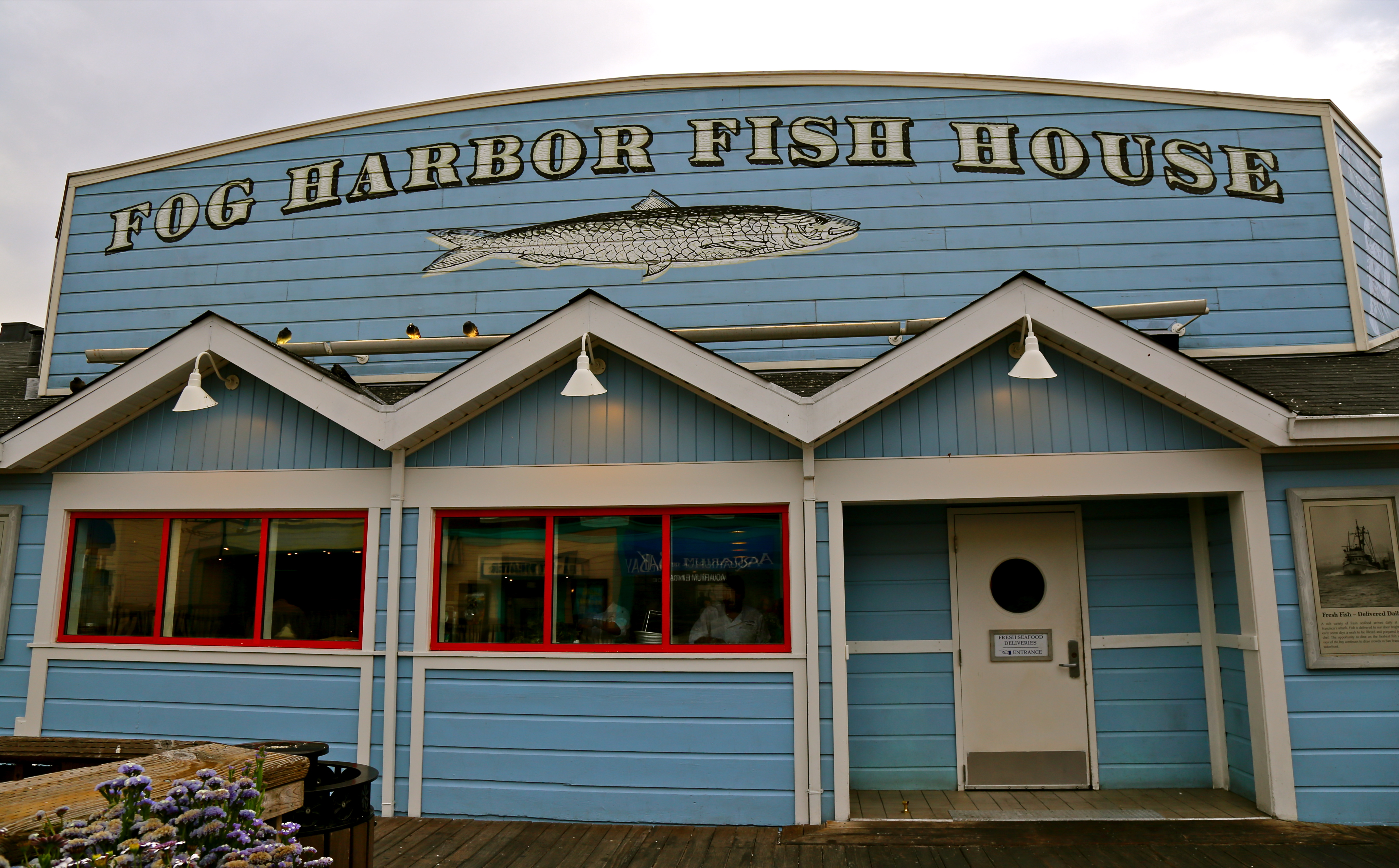 The fog harbor fish house lost in the usa for Fog harbor fish house san francisco