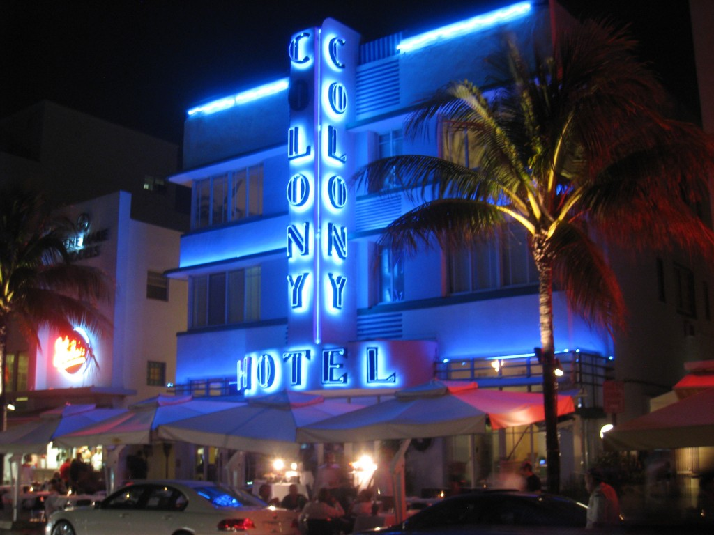 Colony_Hotel_-_South_Beach,_Miami