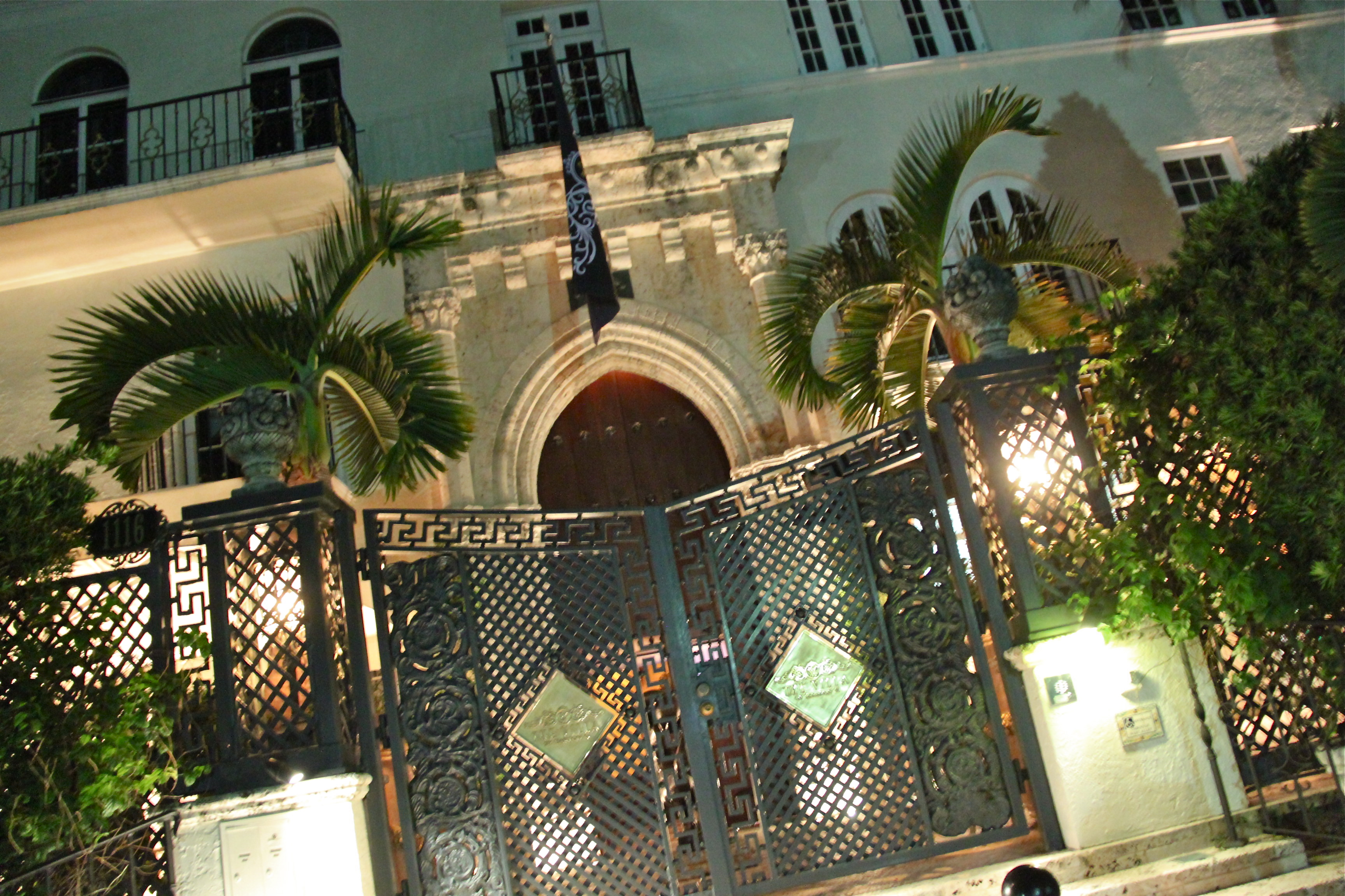Maison Versace Miami