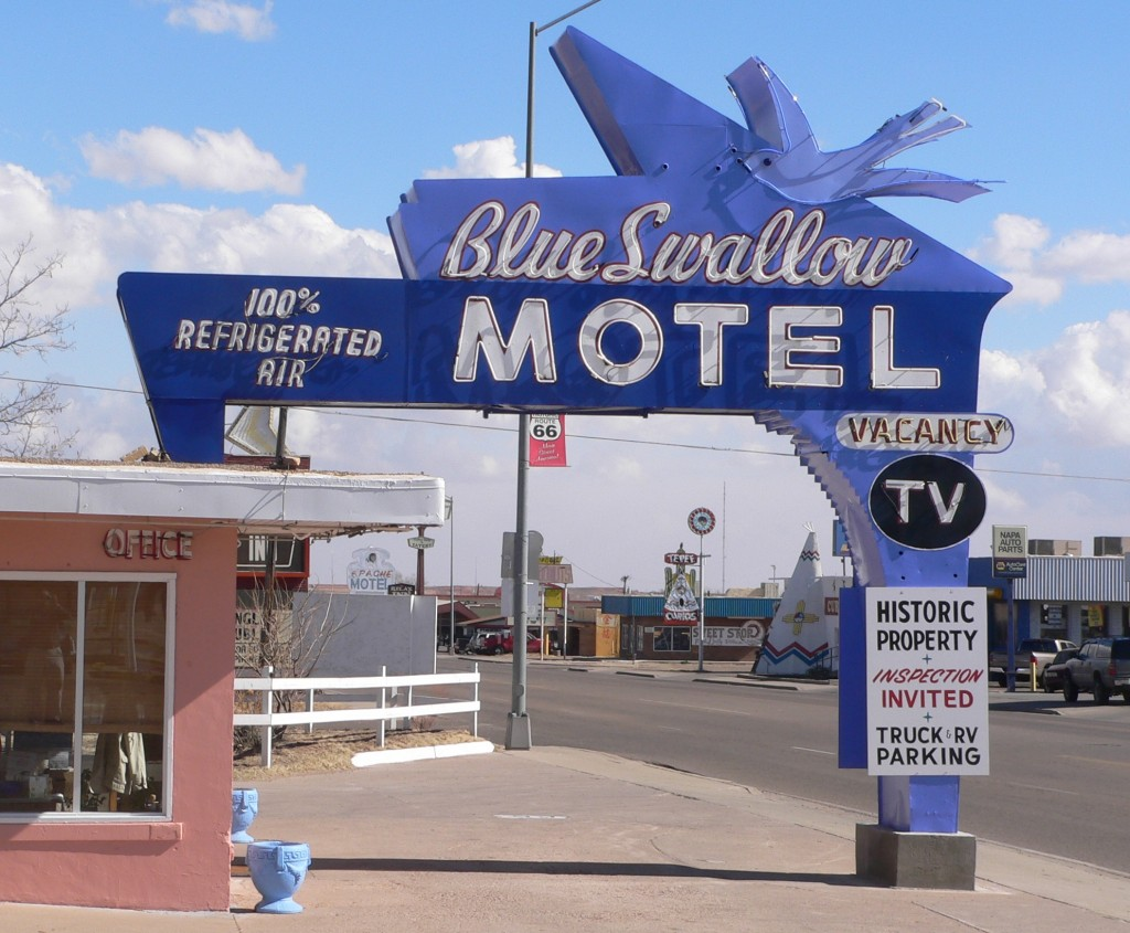 Blue_Swallow_Motel_sign_from_W_1