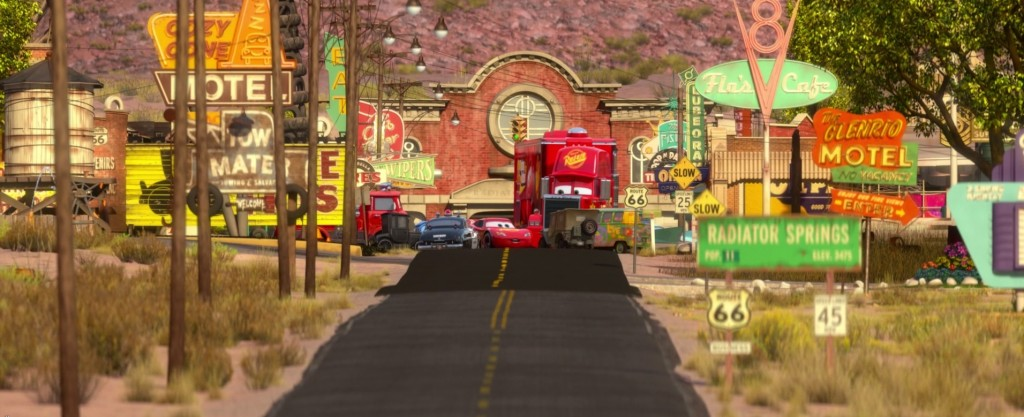 Lightning-in-Radiator-Springs-lightning-mcqueen-27053478-1912-779