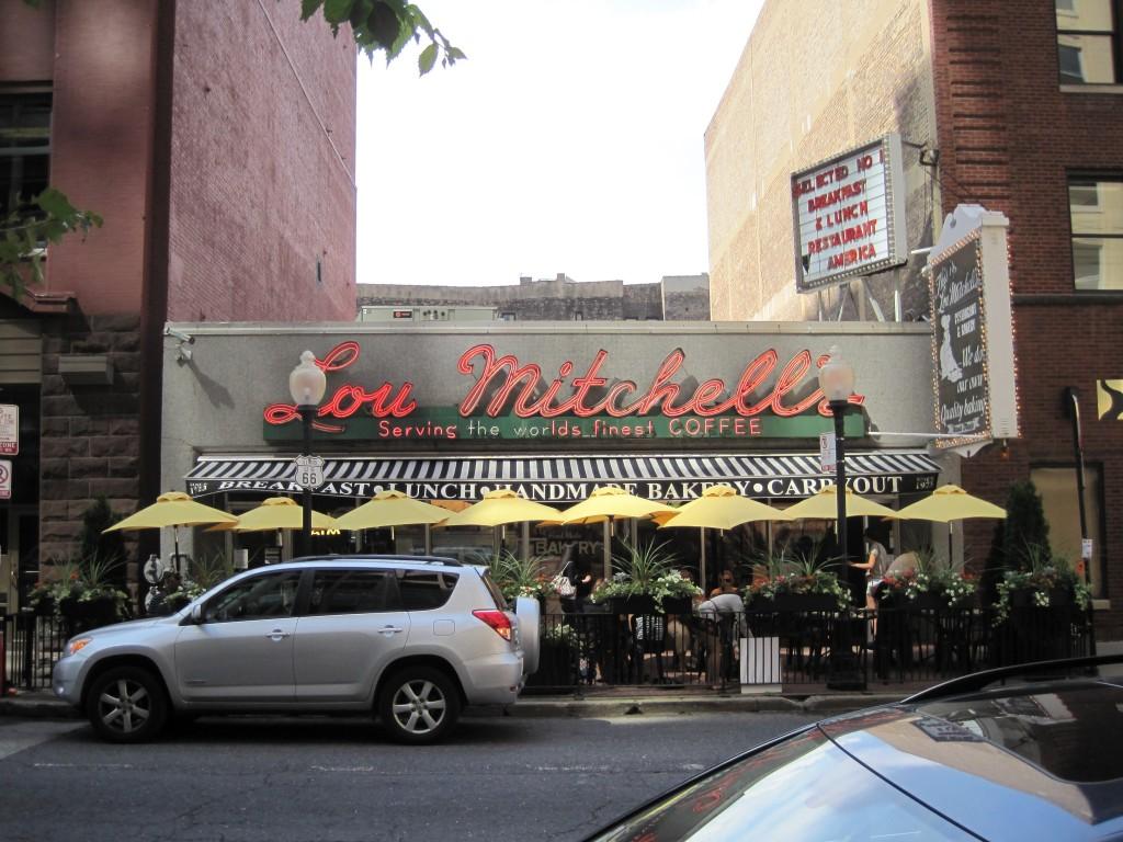 Lou_Mitchells_Restaurant_(6039059446)