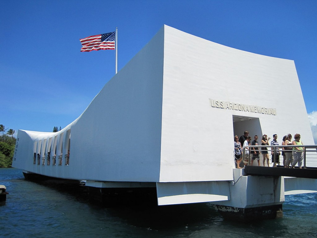 1280px-USS_Arizona_Memorial