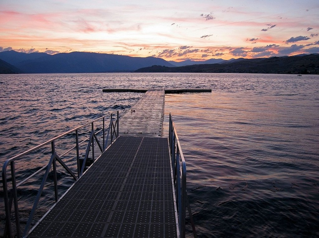 Lake_chelan_sunset