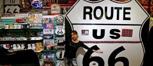Le plus grand panneau d acier Route 66 du monde