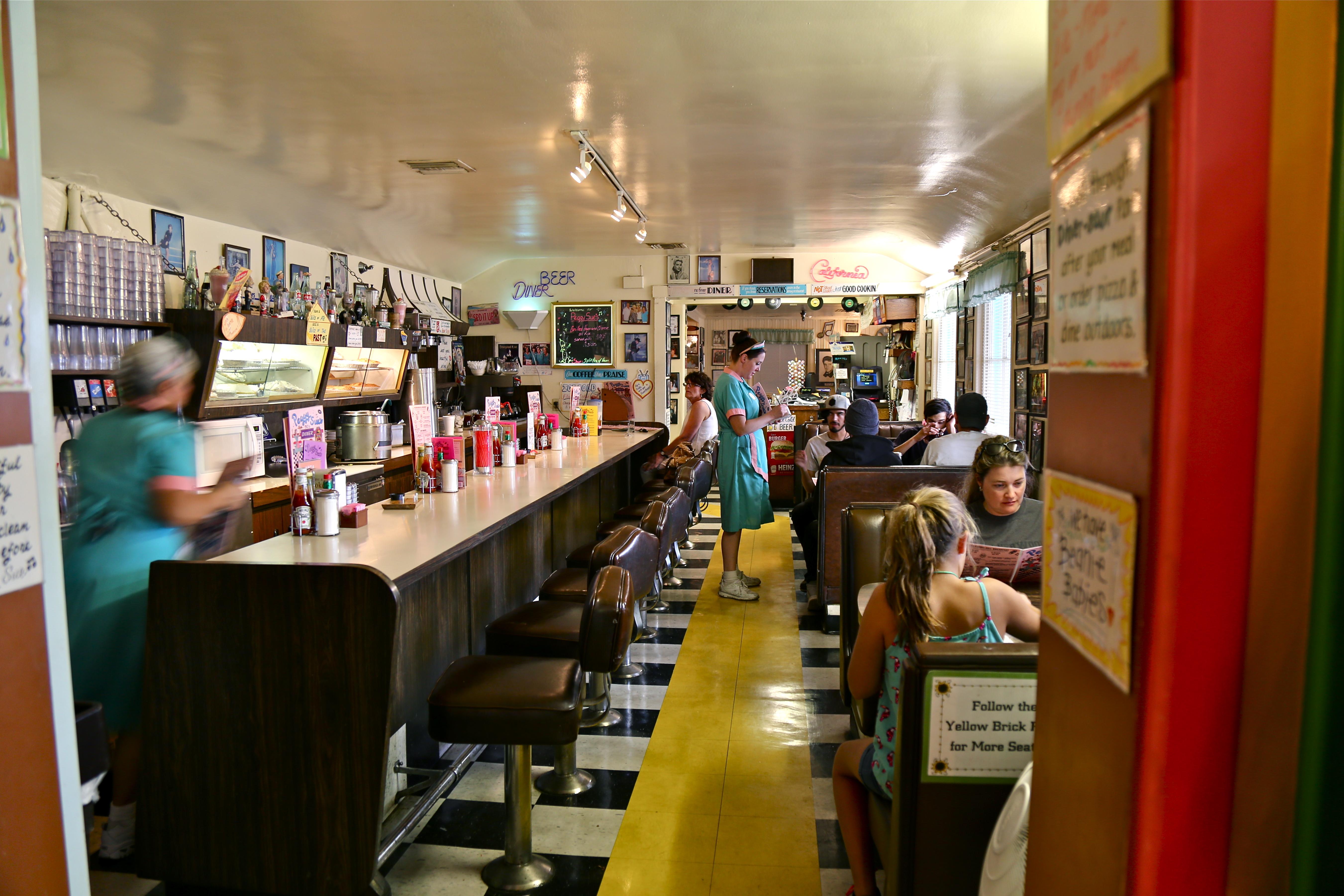 Dressing À L Américaine commander dans un restaurant aux etats-unis – road trip aux usa